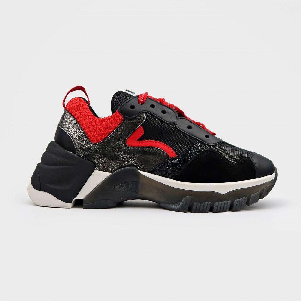 Черные комбинированные кроссовки MU3401-BLK